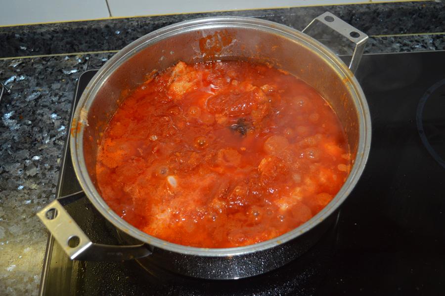 Bacalao con tomate receta casera