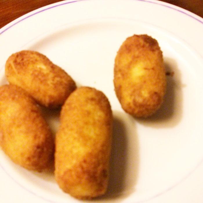 croqueta de pollo y jamón