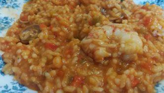 arroz caldoso emplatado