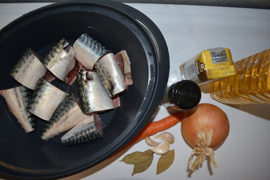 Ingredientes pescado en escabeche