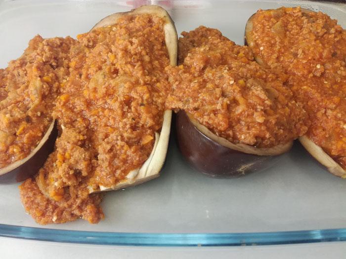 berenjenas rellenas de carne picada estilo boloñesa