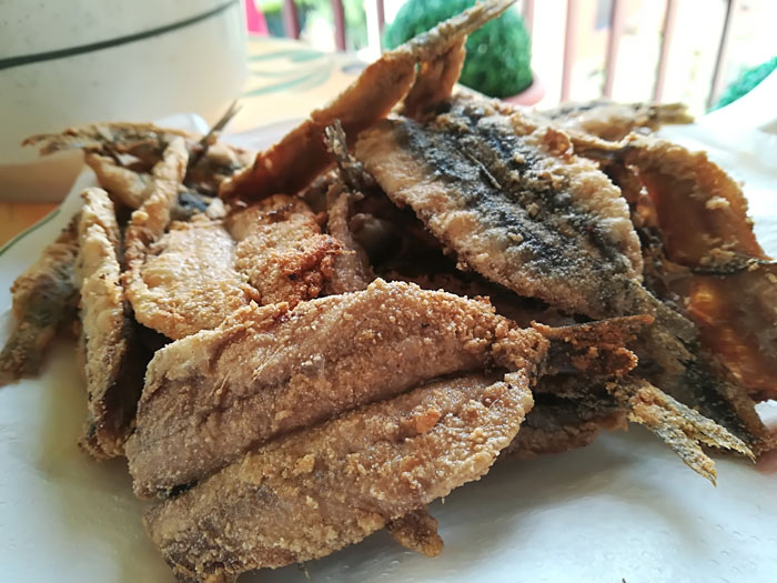 boquerones fritos rebozados