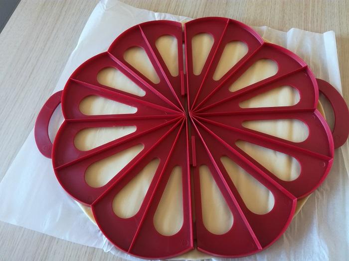 cortador de masa de croissants