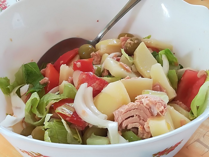 ensalada veraniega con patata