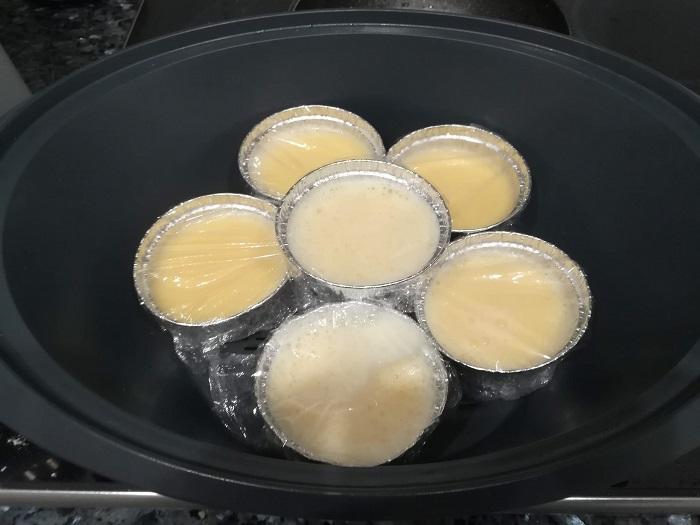preparar flanes en el recipiente varoma