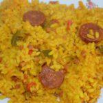 arroz amarillo con chorizo y jamón