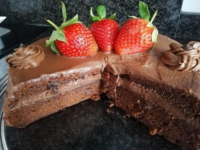 cómo queda por dentro la tarta de chocolate con trufa