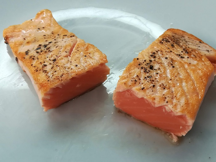 filete de salmon poco hecho