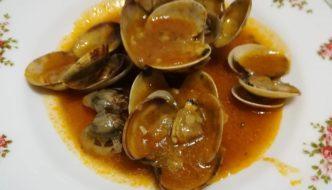receta casera de almejas con salsa marinera