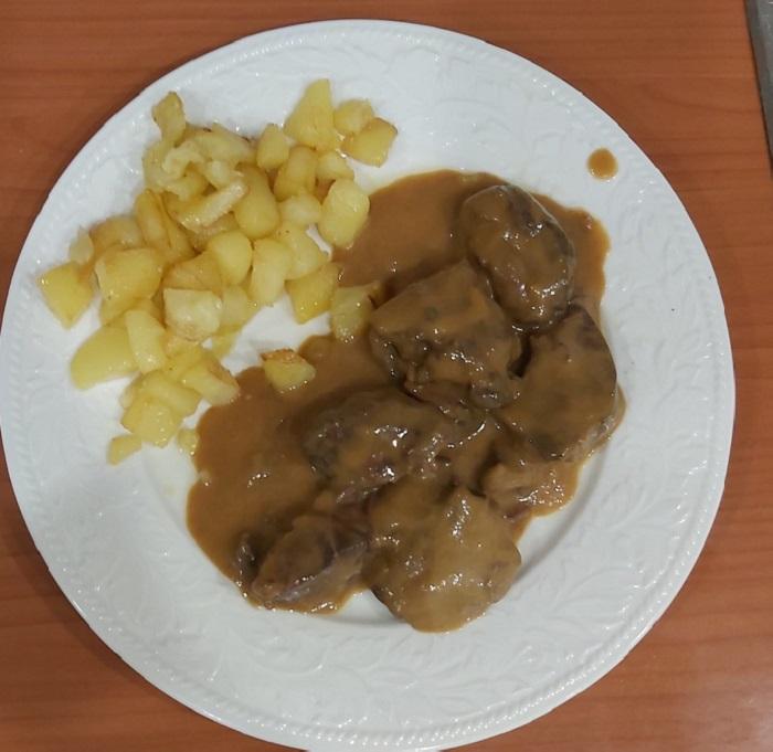 carrillera con patatas