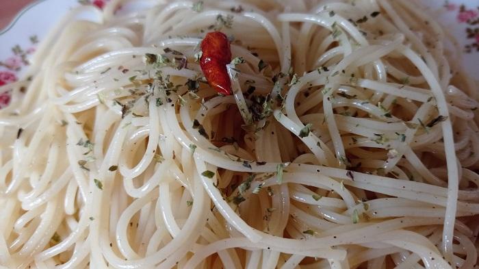 spaguetti al aglio olio e peperoncino
